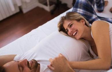 """Tuổi trung niên, có 3 """"điều tốt"""" cho các cặp vợ chồng trước khi đi ngủ, làm càng nhiều thì cơ thể càng khỏe mạnh"""