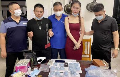 'Ngọc nữ' 9X mua bán gần 2.000 viên thuốc lắc: Đang trốn truy nã vẫn up TikTok 'tằng tằng', lượt theo dõi tăng vọt kể từ khi bị bắt